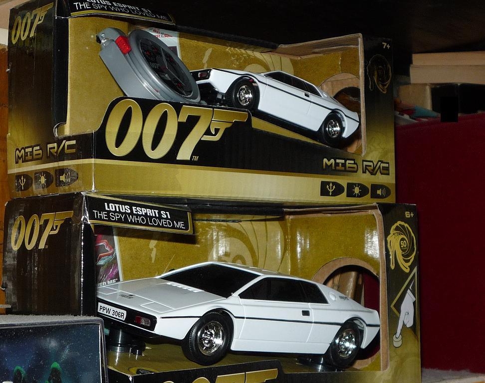 vos collections Bond034-p1170632-4590917